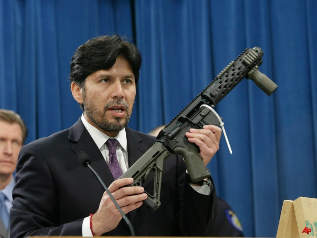CA State Senator Kevin de Leon Wants Gun Control for Homemade Guns
