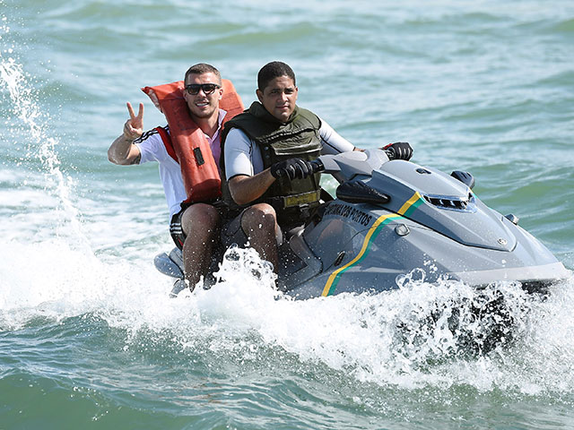 Coyotes Using Jet Skis To Ferry Illegal Immigrants Across Border