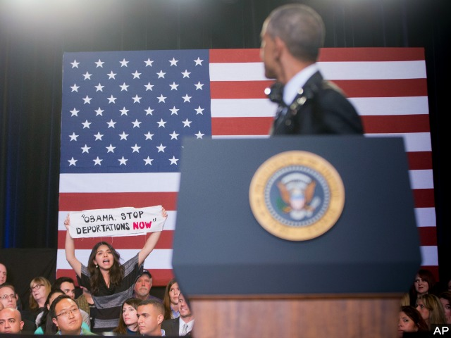 Obama Puzzled by Pro-Amnesty Hecklers: 'I Just Took an Action to Change the Law!'