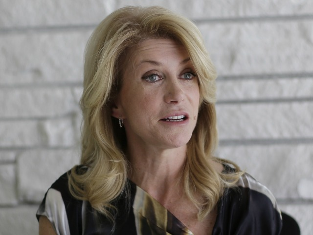Obama Meets With Wendy Davis Out Of View Of Press
