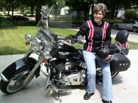 Sarah Palin: Iowa's Joni Ernst 'Pistol-Packin' Harley Rider' Who'll Retire Harry Reid