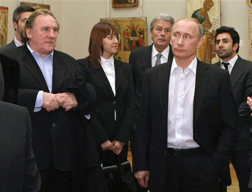 French Tax Warrior Gerard Depardieu Gets Russian Citizenship