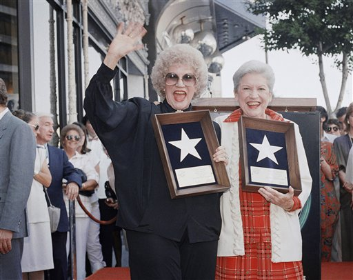 Patty Andrews of Andrews Sisters Dead at 94