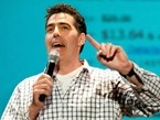 Adam Carolla Slams Gun Control Advocates for Ignoring Chicago's Sandy Hook-level Gun Deaths