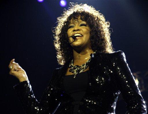 FBI Files Show No Criminal Threat to Whitney Houston Prior to Singer's Death