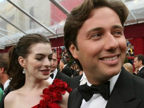Anne Hathaway's Ex Wants Presidential Pardon