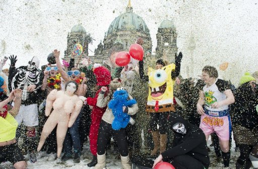 2 acts seeking compensation for 'Harlem Shake'