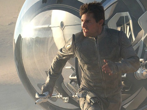 'Oblivion' Review: Spectacular Sci-Fi Leaves Awkward Questions Unanswered