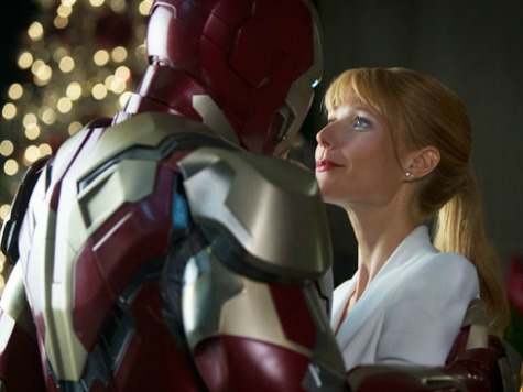 'Iron Man 3' Review: Whiz Bang Entertainment Complete with a Mash Note to China