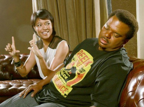 'Peeples' Review: Cheap Laughs Trip Up 'Office' Standout's New Comedy