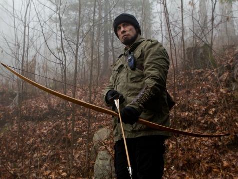 Robert De Niro, John Travolta Team Up for Summer 'Season' Flop