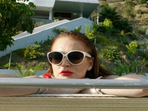 'The Canyons' Review: Lindsay Lohan Shows Flashes of Old Talent in Micro-Indie