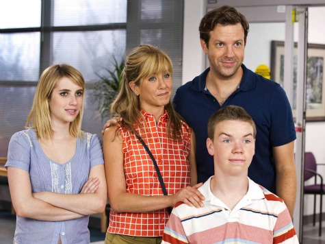 'We're the Millers' Review: Stolen Weed Comedy Will Leave Audiences High on Laughter