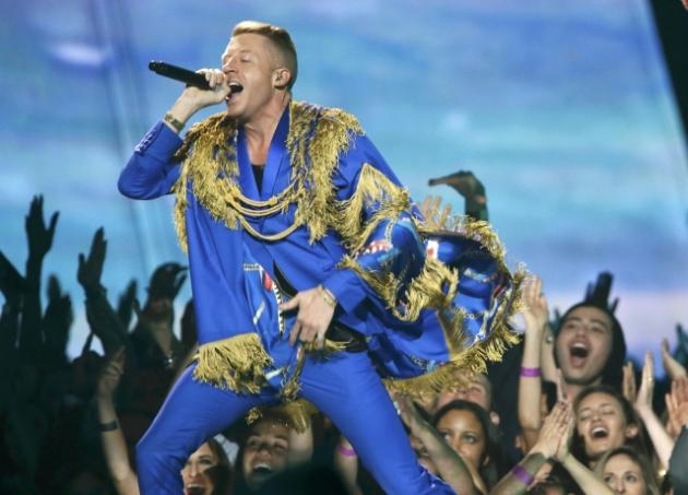 Rapper Macklemore's 'Same Love' Perpetuates Gay Stereotypes… of Conservatives