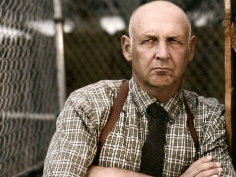 'Justified' Star Nick Searcy Praises Elmore Leonard's 'Dynamic, Unique' Voice