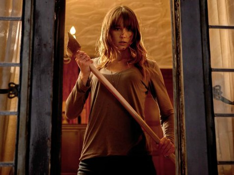 'You're Next' Review: Home Invasion Thriller Features Fresh Chills, Feisty Heroine