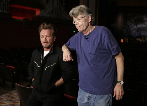 'Hybrid' King-Mellencamp Musical Kicks Off Tour