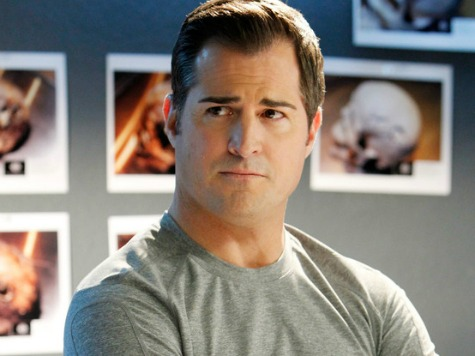 'CSI' Star Back to Work After Spat with Scribe