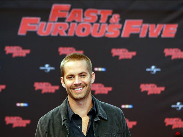 'Fast & Furious' Star Paul Walker Dies in Car Crash