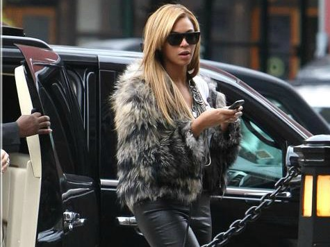 Beyonce Wears Fur to Vegan Lunch with Husband Jay-Z