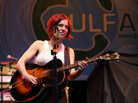 Ani DiFranco Apologies for Choosing Former Slave Plantation as Retreat Venue