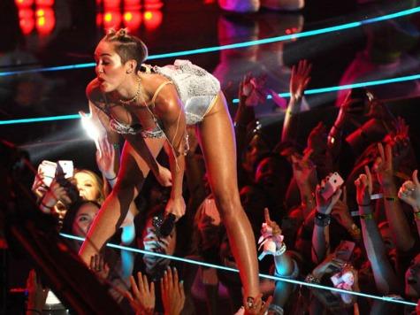 Organizer: Miley Cyrus Won't Twerk Near Sonia Sotomayor in Times Square