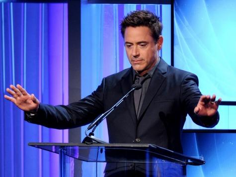 Laura Dern, Robert Downey Jr. to Be Golden Globe Presenters