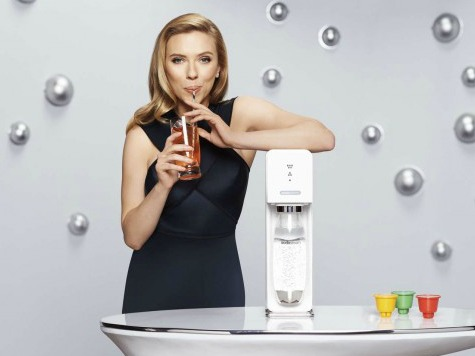 Scarlett Johansson Won't Ditch Israel-Based SodaStream Despite Activists' Pressure