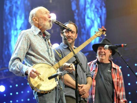 Socialist Folk Singing Legend Pete Seeger Dies at 94