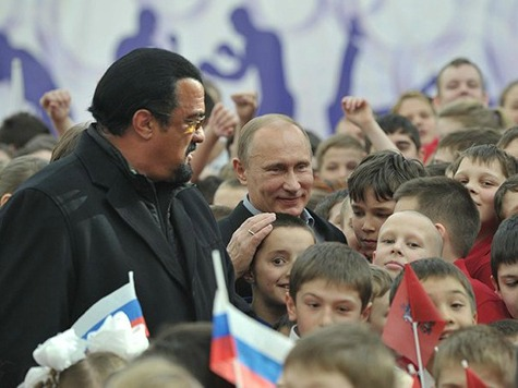 Steven Seagal Backs Russia's Crimea Annexation, Considers Putin His 'Brother'