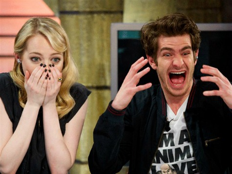 'Spider-Man' Stars Andrew Garfield, Emma Stone Yuk It up for Earth Hour