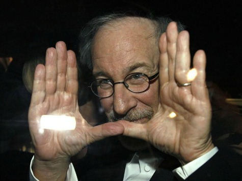 Steven Spielberg to Reteam with 'E.T.' Scribe for Roald Dahl's 'BFG'
