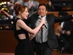 Emma Stone Destroys Jimmy Fallon In Lip Sync Duel