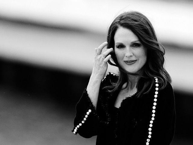 Julianne Moore Wins Best Actress at Cannes 2014
