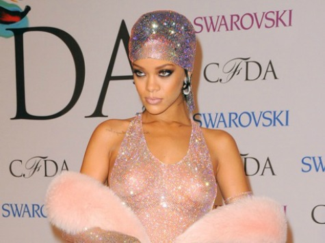 Rihanna's Barely There Dress: Can't Be Stylish 'If You Don't Take Risks'