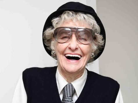 Broadway, West End Star Elaine Stritch Dies at 89