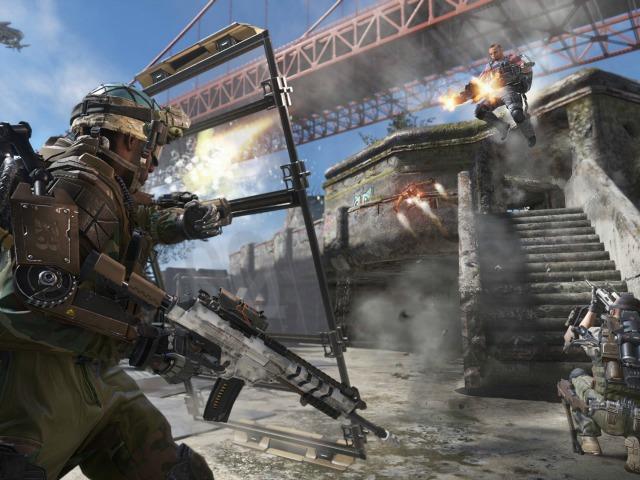 Gamescom: 'Call of Duty: Advanced Warfare' Looks an Awful Lot Like 'Titanfall'