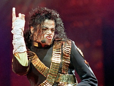 Michael Jackson's Maids Decry Filthy King Of Pop