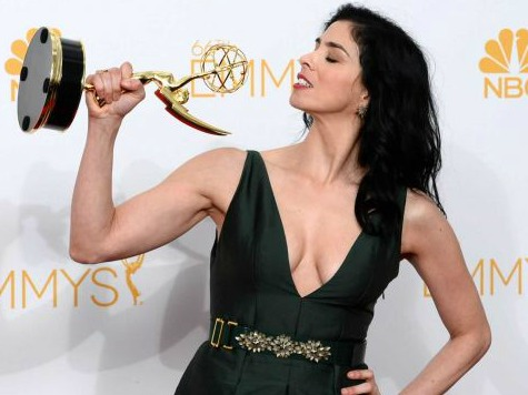Sarah Silverman Flashed a Marijuana Pipe on the Emmy's Red Carpet