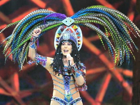 Cher Sued by Back-Up Dancers for Alleged 'Racial Discrimination'