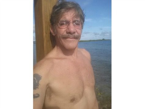 Geraldo Rivera Tweets Half Naked Selfie: 'Kobani is the Real Benghazi'