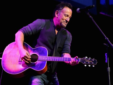 Springsteen Politicizes Veterans' Concert with Anti-Troop Song