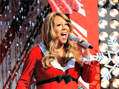 Fans Wait Three Hours for Mariah Carey to Get Off Phone, then Christmas Concert Cancelled