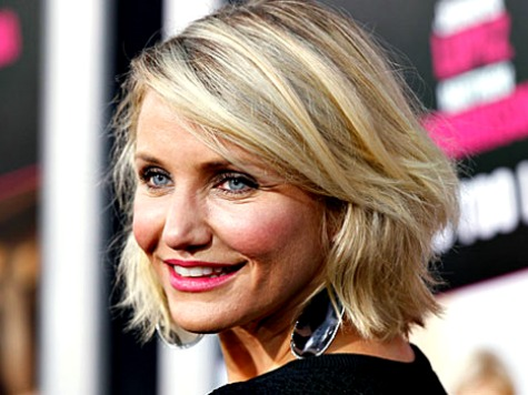 Cameron Diaz on Social Media Epidemic: 'We Base Our Self Worth on How Many Followers We Have'