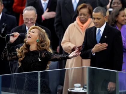 First Faker: Beyoncé Lip-Synched 'Star Spangled Banner'