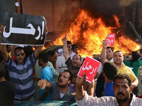 Egyptian Al Jazeera Staffers Resign to Protest Pro-Muslim Brotherhood Bias