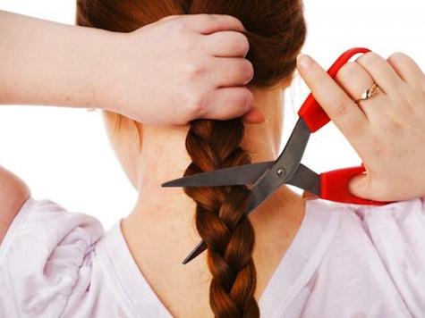 Report: American Women Selling Hair, Breast Milk, Eggs to Make Ends Meet