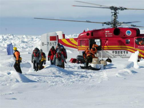 Mainstream Media Omits Climate Change Mission from Antarctica Ship Rescue