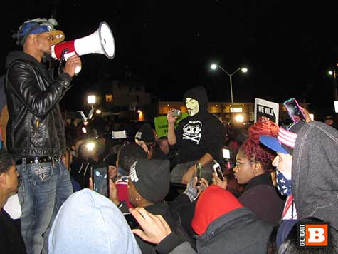 Ferguson Defense Fund: Protesters Need 'Money for Jail, Bail & Life'