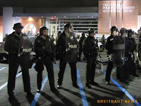Missouri Cop's Wife: Black Officers Receive 'Worst Treatment' from Ferguson Protesters